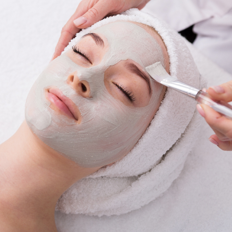 5 Things That Should Never Happen When You Get a Facial